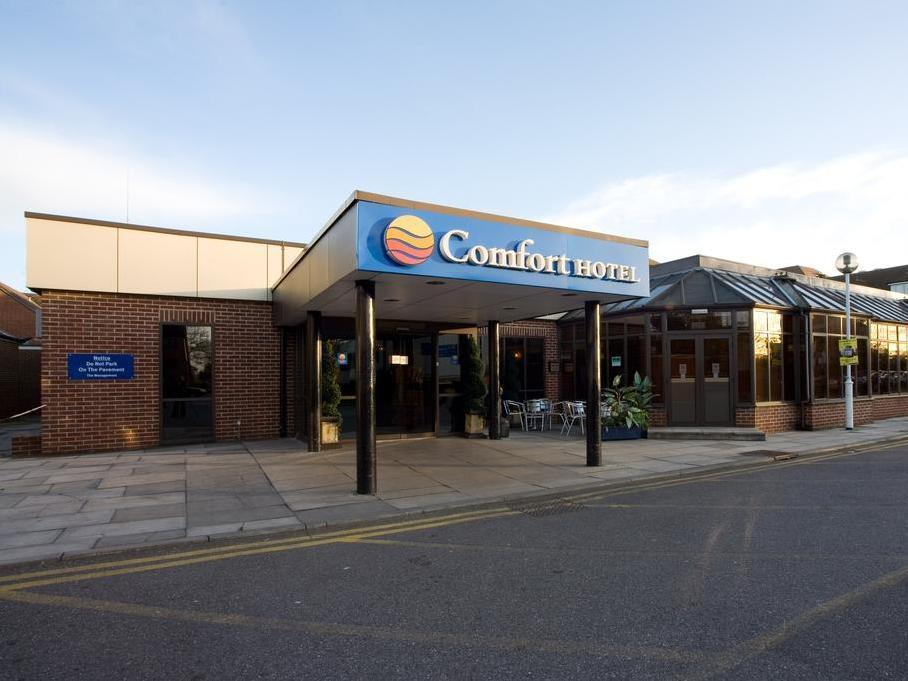 Comfort Hotel Heathrow London - Hotel Exterior