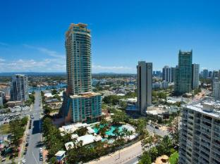 International Beach Resort Gold Coast - View