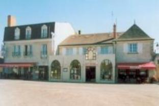 Logis Le Cheval Rouge Hotel