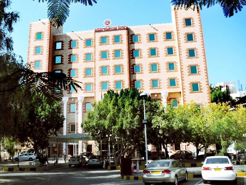 Ramee Guestline Hotel Qurum - Hotels and Accommodation in Oman, Middle East