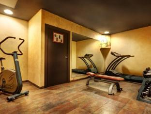 Acevi Villarroel Hotel Barcelona - Gym