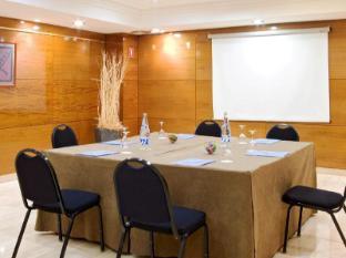 Nh Master Hotel Barcelona - Meeting Room
