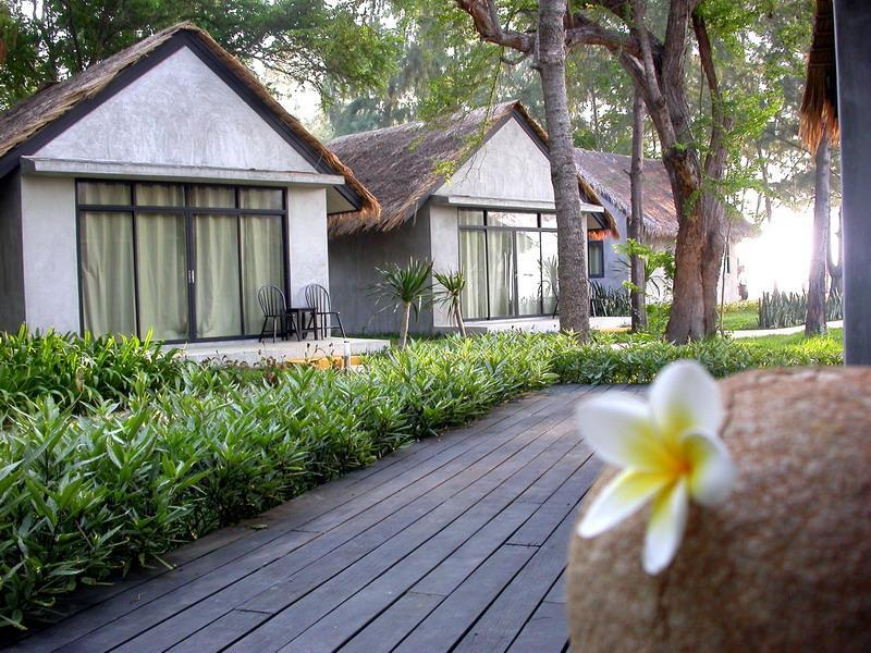 Hansar Casuarina Cha am - Hotels and Accommodation in Thailand, Asia