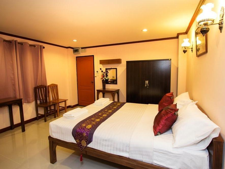 Puwanon Place - Hotels and Accommodation in Thailand, Asia