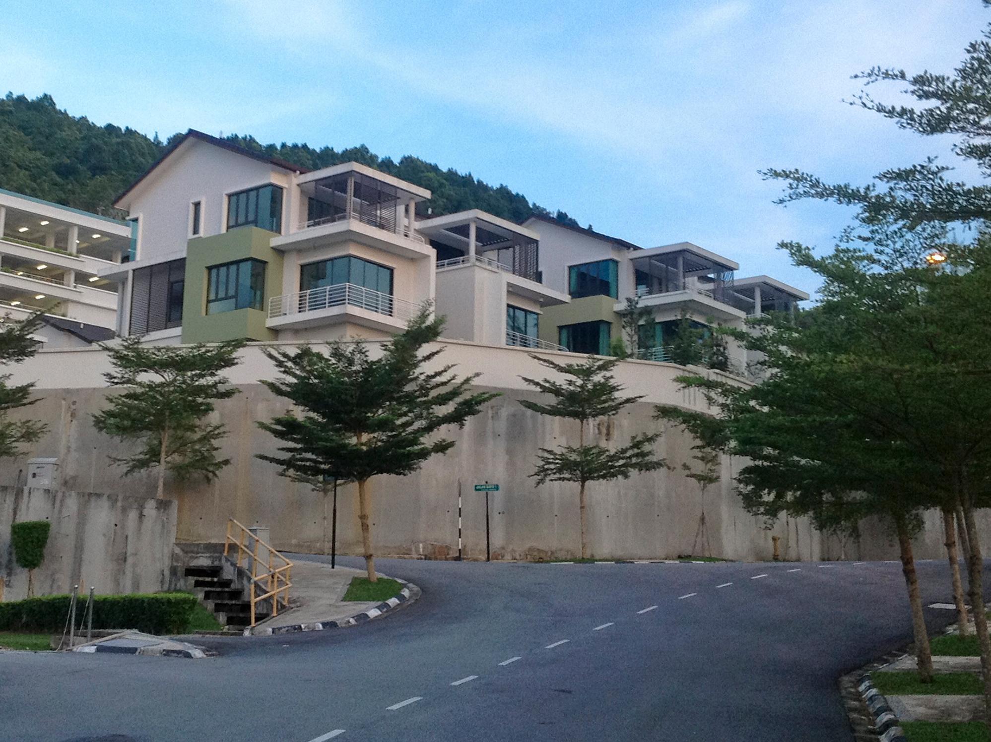 Bayu Ferringhi Villa - Penang