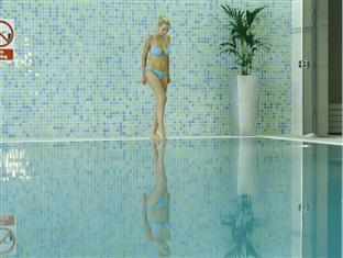 Green Isle Conference & Leisure Hotel Dublin - Uima-allas