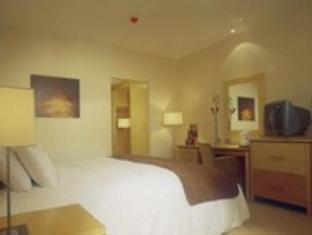 Green Isle Conference & Leisure Hotel Dublin - Hotellihuone
