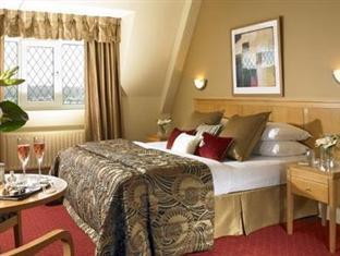 Gleneagle Hotel & Leisure Complex