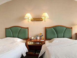 Garden City Hotel - Room type photo