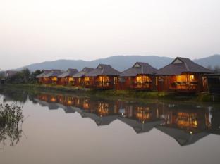 360 tanawasin resort and spa