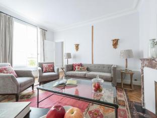 SAINT GERMAIN DES PRES BY ONEFINESTAY0