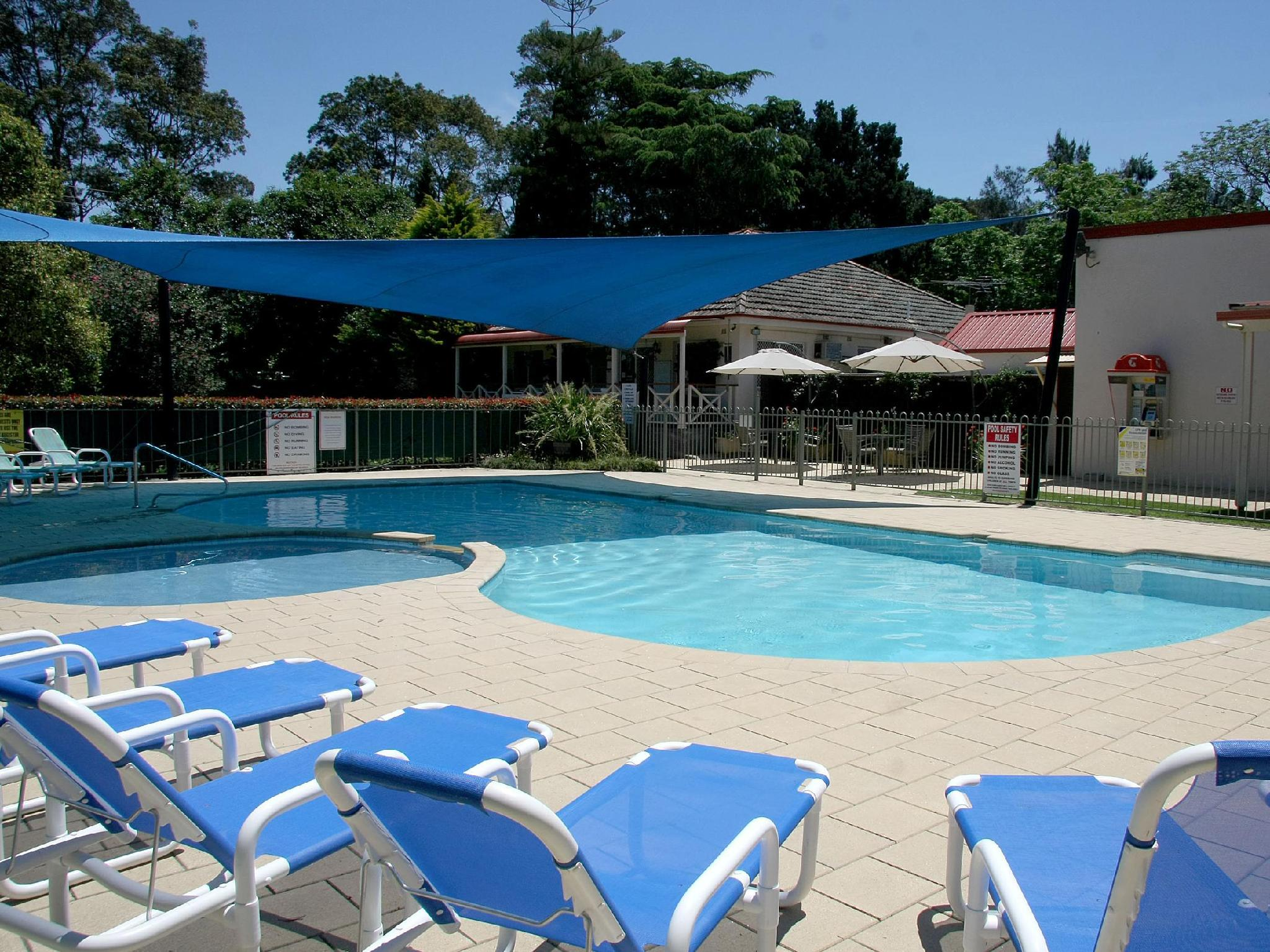 Nepean River Holiday Village