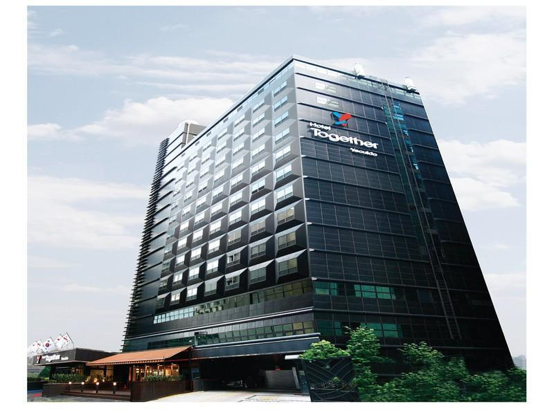 Hotel Together Yeouido - Hotels and Accommodation in South Korea, Asia