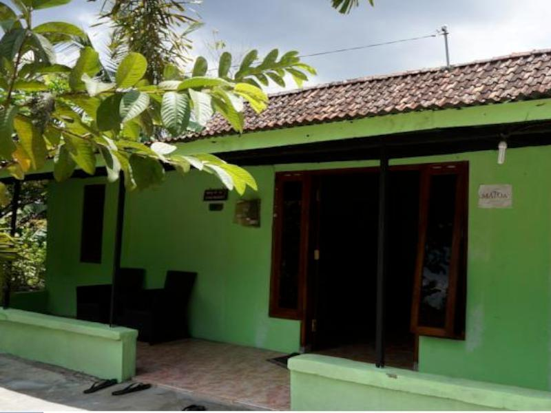 Orlinds Matoa Guesthouse - Hotels and Accommodation in Indonesia, Asia