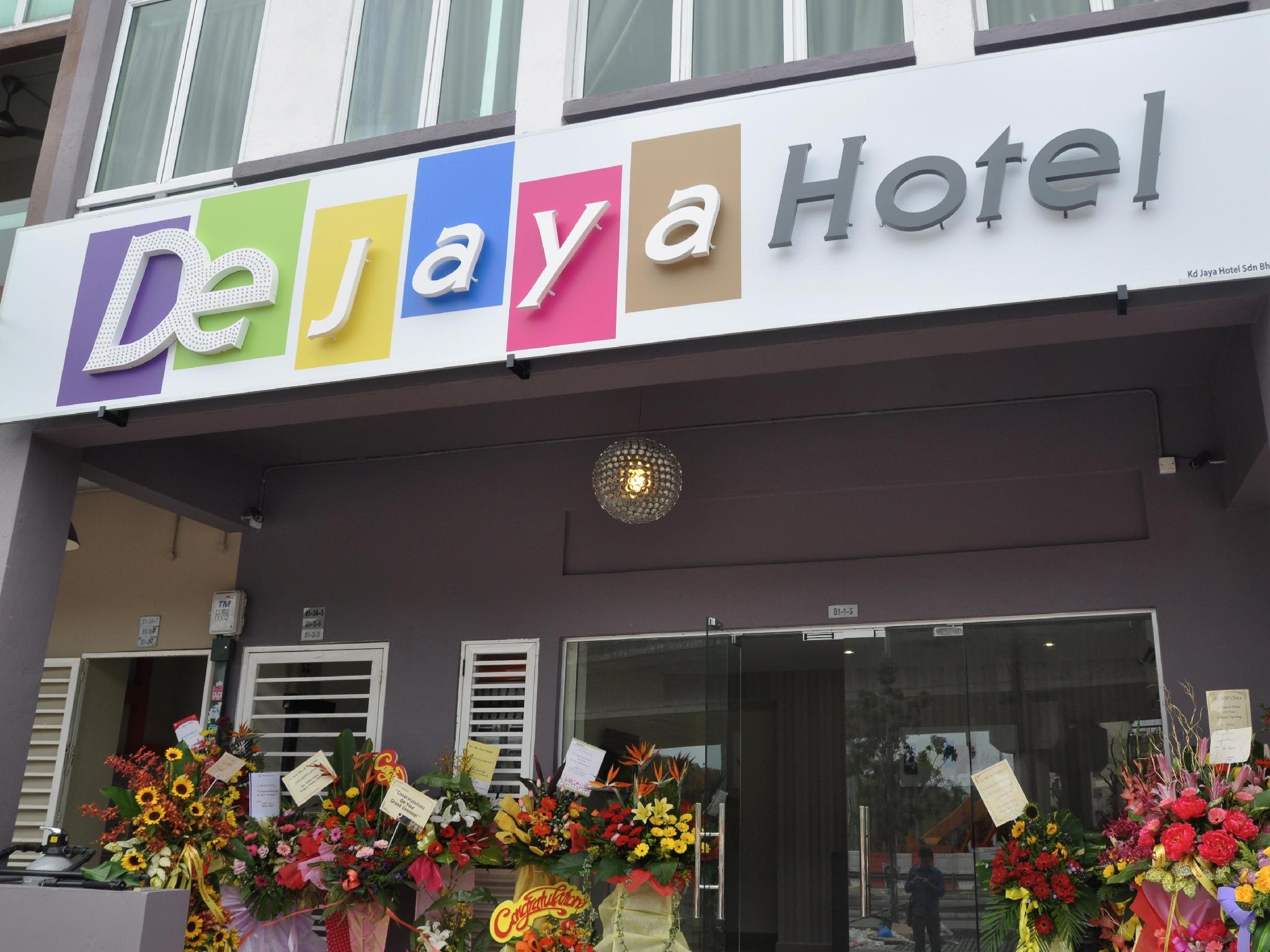 De Jaya Hotel Signature Park