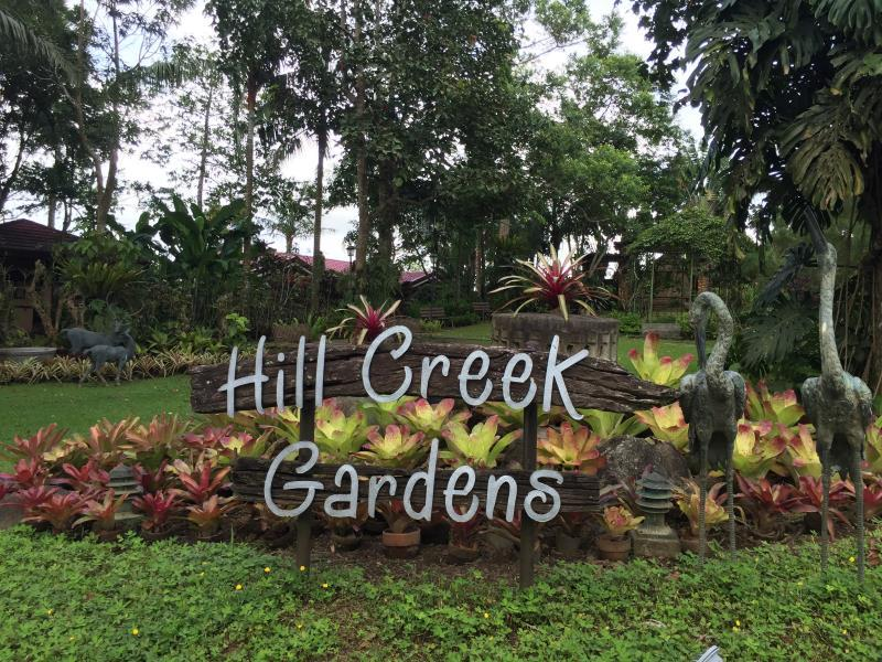Hillcreek Gardens Tagaytay Hotel - Hotels and Accommodation in Philippines, Asia