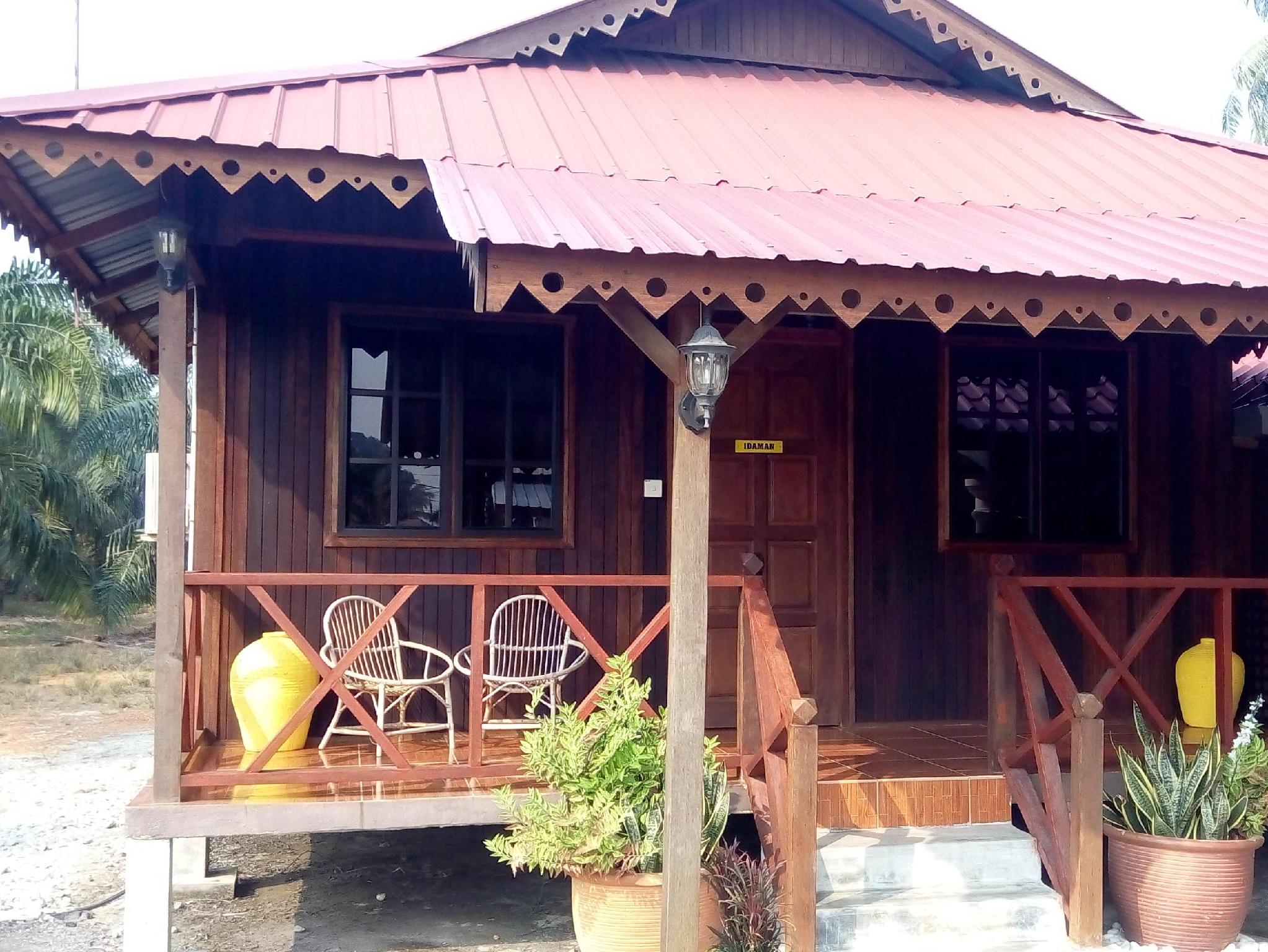 Chalet Idaman at D Idaman Chalet - Hotels and Accommodation in Malaysia, Asia