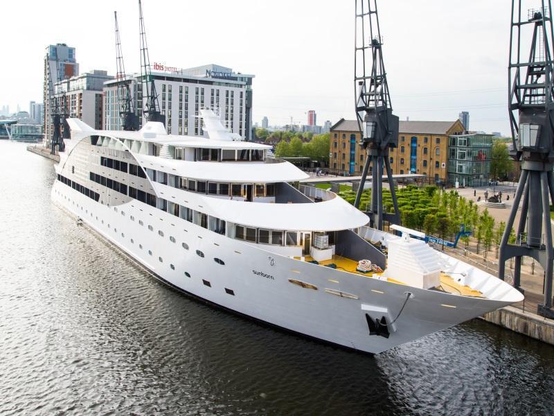 Sunborn Yacht Hotel London - London