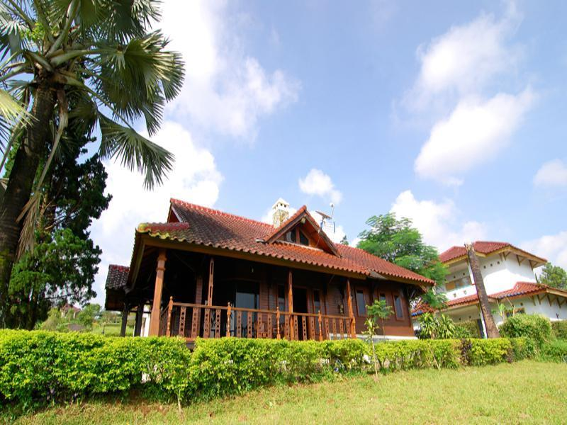 Villa ChavaMinerva Kayu - Ciater Highland Resort - Hotels and Accommodation in Indonesia, Asia