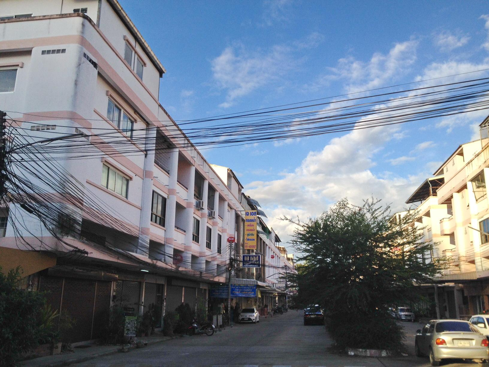JS Apartment - Chonburi