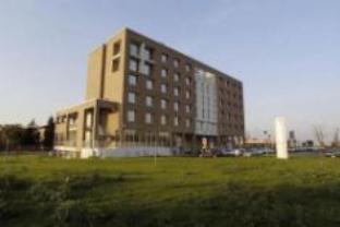 Ramada Emilia Hotel