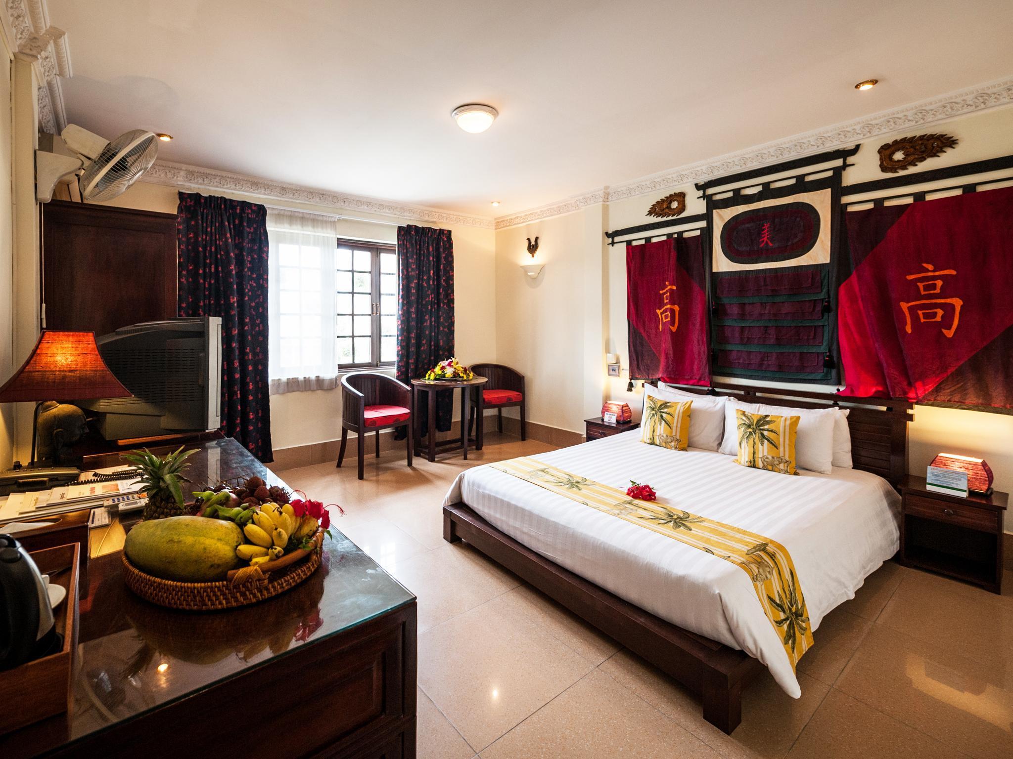 Red Hibiscus Hotel - Phnom Penh