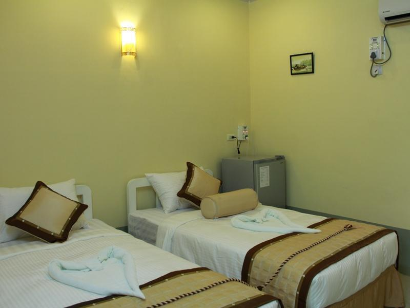 Thirisan Motel - Hotels and Accommodation in Myanmar, Asia