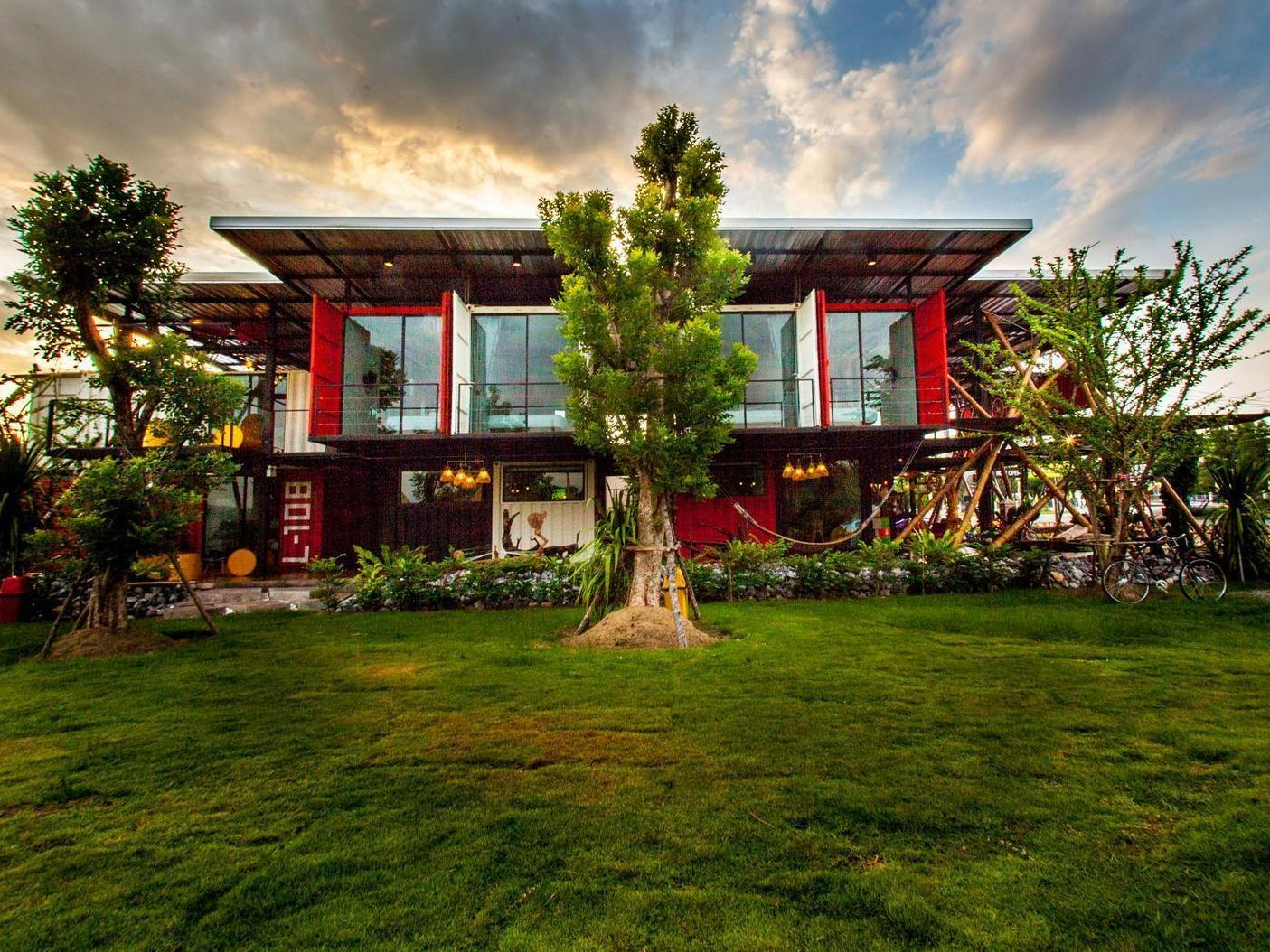 Little Box Hotel - Hotels and Accommodation in Thailand, Asia
