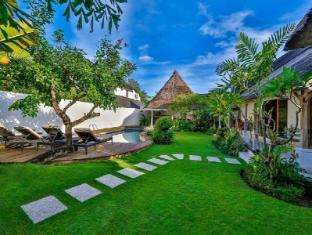 Villa Damai Kecil Bali - Garden