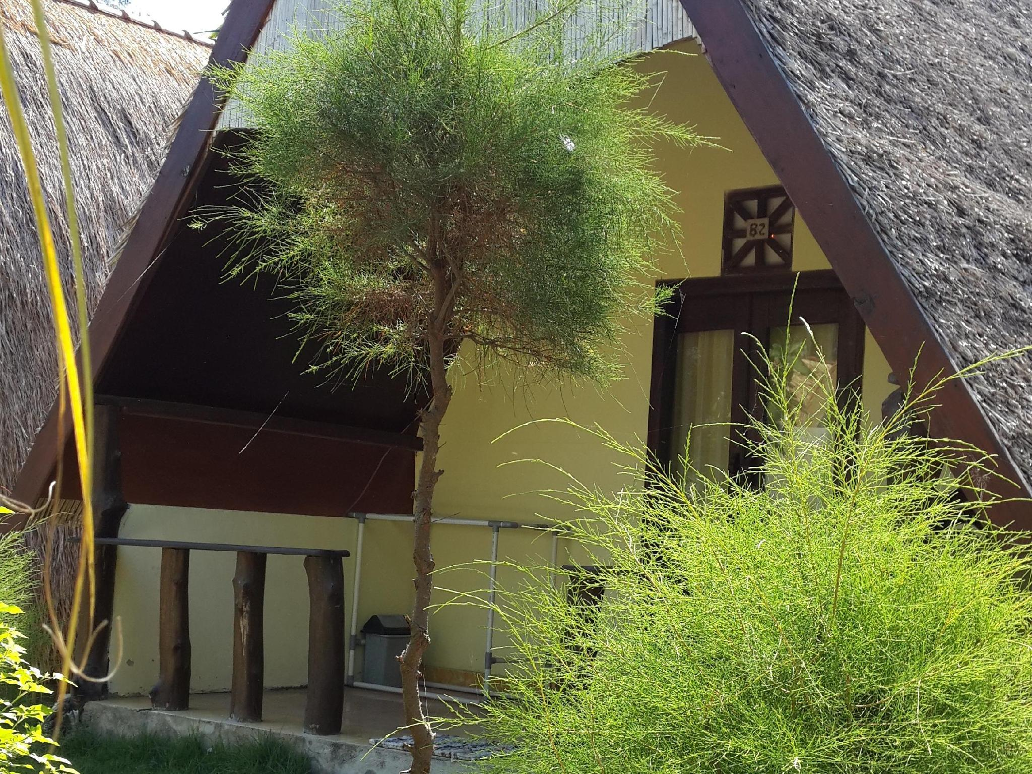 Bunga Bungalow - Hotels and Accommodation in Indonesia, Asia