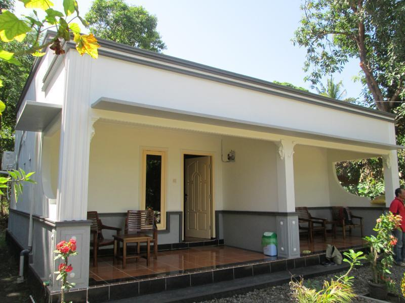 4R Bungalow - Hotels and Accommodation in Indonesia, Asia