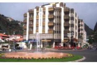 Bravamar Hotel
