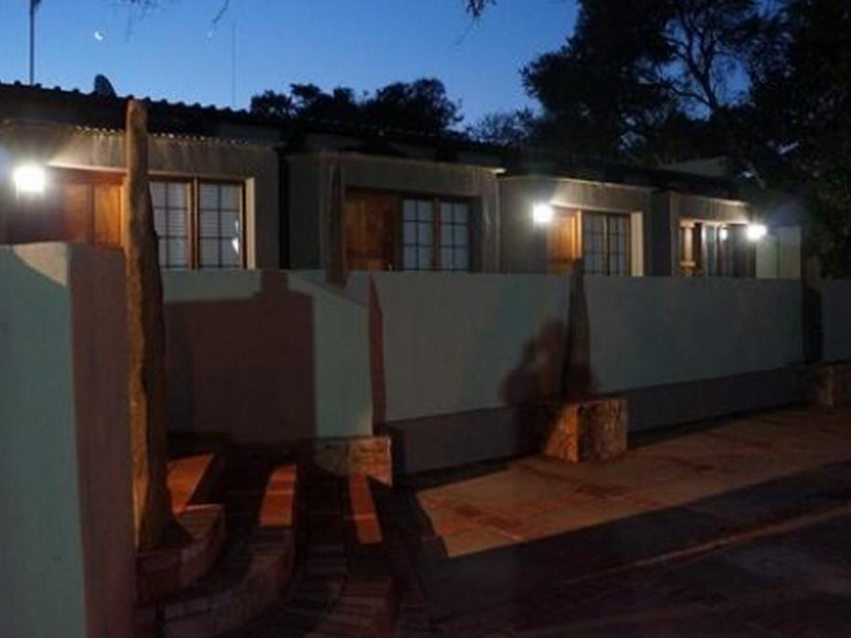 Travellers Nest Guest House - Hotels and Accommodation in South Africa, Africa