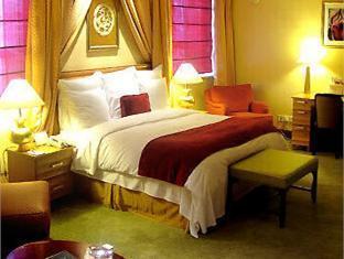 Renaissance Tianjin Hotel - More photos