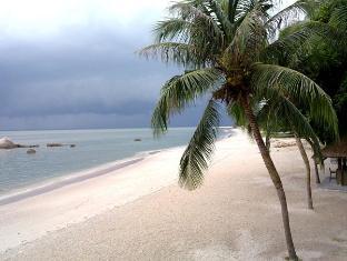 Tanjung Bungah Beach Hotel Penang - Surroundings