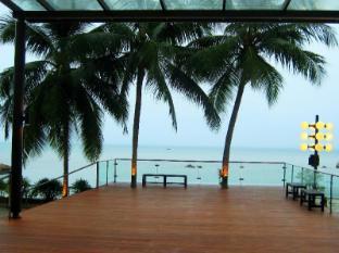Tanjung Bungah Beach Hotel Penang - Exterior