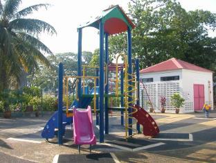 Tanjung Bungah Beach Hotel Penang - Playground