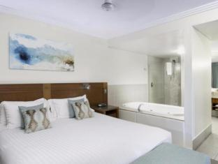 Pinnacles Resort Whitsunday Islands - Guest Room