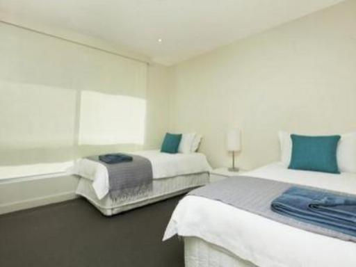 Holdfast Promenade Apartments hotel accepts paypal in Glenelg