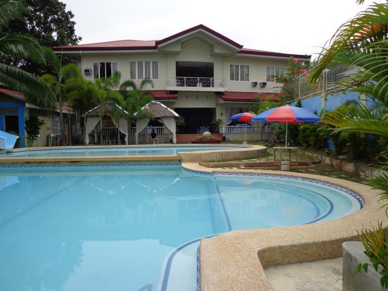 Blue Pot Family Resort - Hotels and Accommodation in Philippines, Asia
