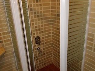 Pharaohs Hotel Cairo - Bathroom