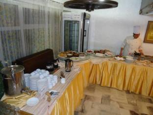 Pharaohs Hotel Cairo - Buffet
