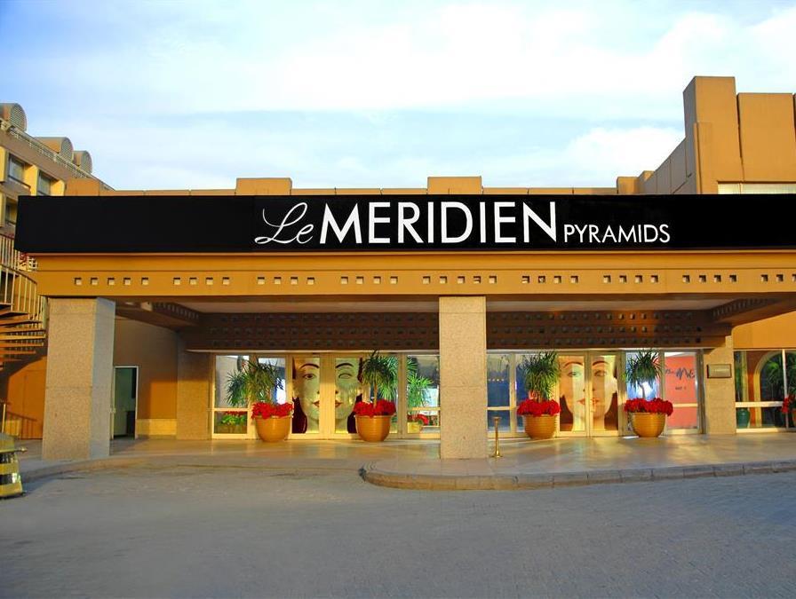โรงแรมเลอเมอริเดียน พิรามิดส์