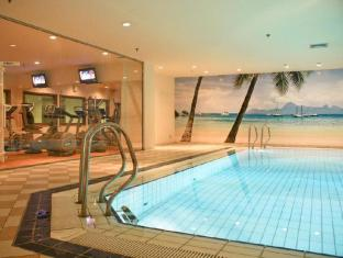 Novotel Moscow Sheremetyevo Airport Hotel Moscow - Swimming Pool