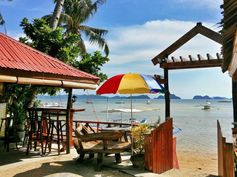 Talindak Beach Cottage - Hotels and Accommodation in Philippines, Asia