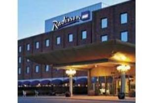ラディソン ブリュー アルランディア ホテルの外観