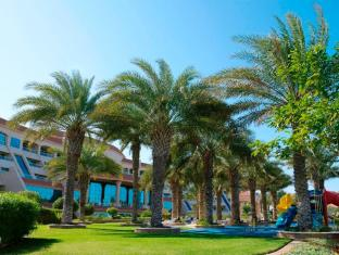 Al Raha Beach Hotel Abu Dhabi - Surroundings