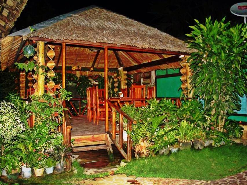 Pems Pension and Restaurant - Hotels and Accommodation in Philippines, Asia