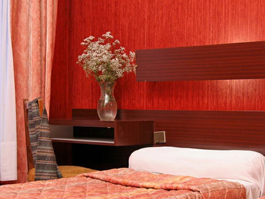 Hotel Camelia International - Hotell och Boende i Frankrike i Europa