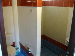 Al's Hut Hotel Samui - Bungalow Bathroom